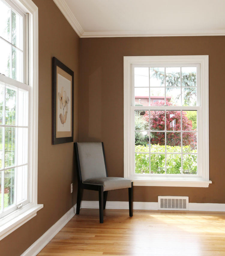 hnědá barva v interiéru